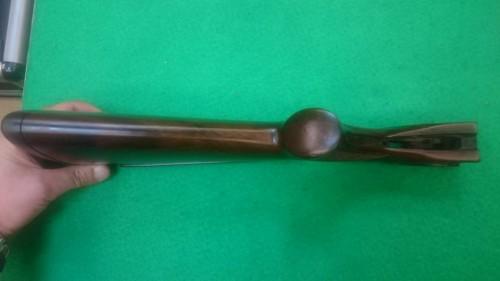 Coronha Pietro Beretta SO3 com crista regulável, usada como NOVA!!!